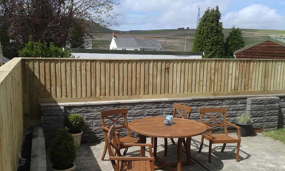 garden fencing swansea